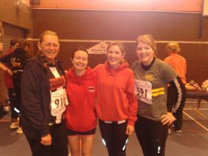 Pre-race nervous smiles with some lovely ladies. (photo credit: Leo Anson)